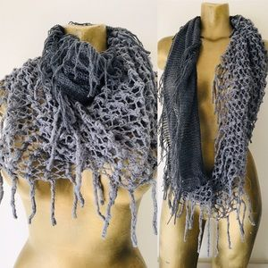 Chic New CHUNKY KNIT Gray INFINITY SCARF